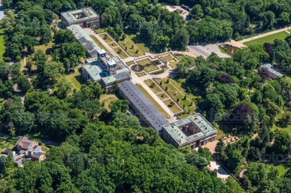 Orangerieschloss im Park Sanssouci in Potsdam bei Brandenburg.
