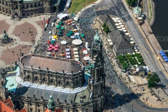 Fahrradfest am Theaterplatz in Dresden im Bundesland Sachsen