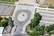 Coubertinplatz  neben dem Olympiastadion im Berliner Belirk Charlottenburg-Wilmersdorf.