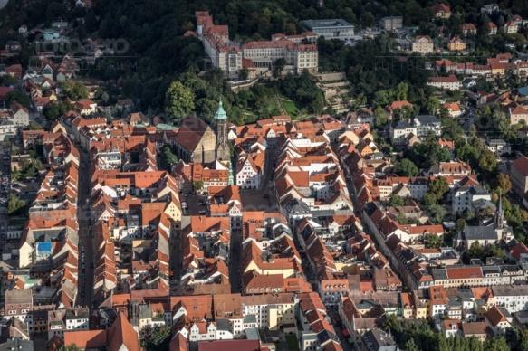 Marienkirche und Schloss Sonnenstein in Pirna im Bundesland Sachsen