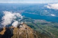 Der Thunersee und der Niesen Kulm
