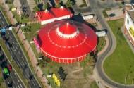 Vogelperspektive eines Zirkus in Dresden bei Sachsen in Deutschland.
