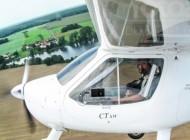 Hubschrauber CT SW mit Flugpilot wärend des Abfluges.