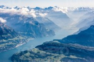 Vierwaldstättersee und seine Gebirge in der Zentralschweiz