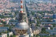 Berliner Fernsehturm ganz nah