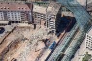 Abriss eines Hauses am Postplatz in Dresden im Bundesland Sachsen