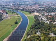 Elbe und Elbschlösser in Dresden im Bundesland Sachsen