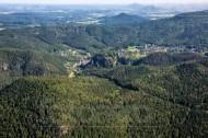 Zittauer Gebirge mit Oybin und Klosterruine im Bundesland Sachsen