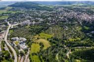 Erzgebirgsklinikum Annaberg und die Stadt Annaberg-Buchholz im Bundesland Sachsen