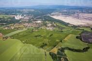 Hirschfelde mit Kraftwerk Turów und Tagebau Bogatynia