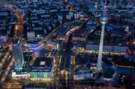 Alexanderplatz, Bahnhof Alexanderplatz und Fernsehturm in Berlin.