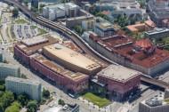 Alexa shopping Centre  und das Amtsgericht Mitte im Bezirk Berlin Mitte.