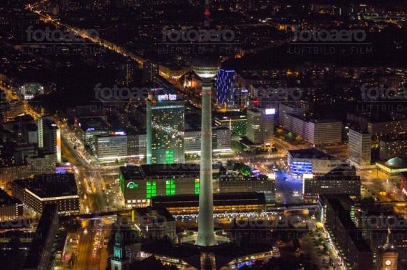 Fernsehturm am Alexanderplatz in Berlin.