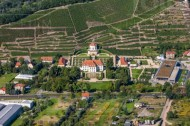 Schloss Wackerbarth in Radebeul im Bundesland Sachsen