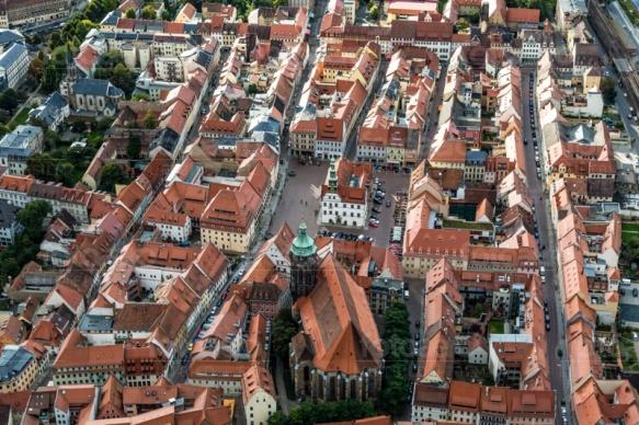Die Marienkirche im Stadtkern der Altstadt Pirna in Sachsen.