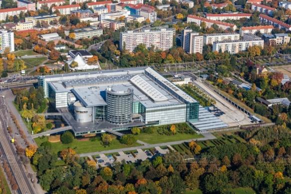 Gläserne Manufaktur in Dresden im Bundesland Sachsen