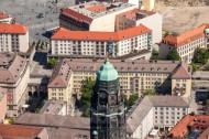 Kirchturmspitze von der Kreuzkirche in der Dresdner Altstadt im Bundesland Sachsen