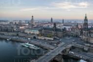 Augustusbrücke und die Dresdner Altstadt im Bundesland Sachsen