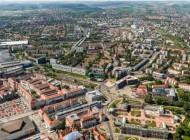 Blick auf den Postplatz und den Zwinger in Dresden bei Sachsen.